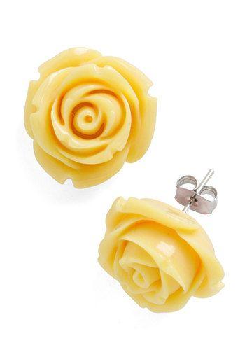Retro Rosie Earrings in Banana, #ModCloth