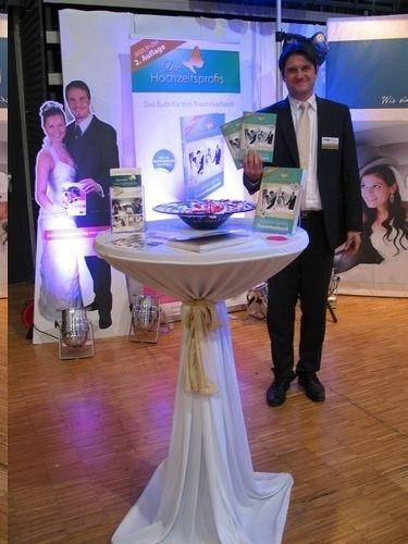 Die Hochzeitsprofis auf der Trau-Dich!-Hochzeitsmesse. DAS Buch zur Hochzeitsvorbereitung, überall im Buchhandel, ISBN 9783862430802 http://www.amazon.de/Die-Hochzeitsprofis-Expertenwissen-Traumhochzeit-Budgetplaner/dp/3862430804