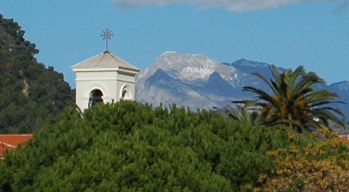 Vallecrosia (IM), campanile della Chiesa di Maria Ausiliatrice