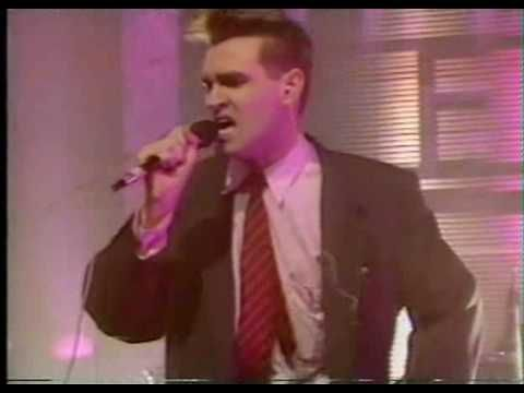 The Smiths - Bigmouth Strikes Again/Vicar In A Tutu (live)