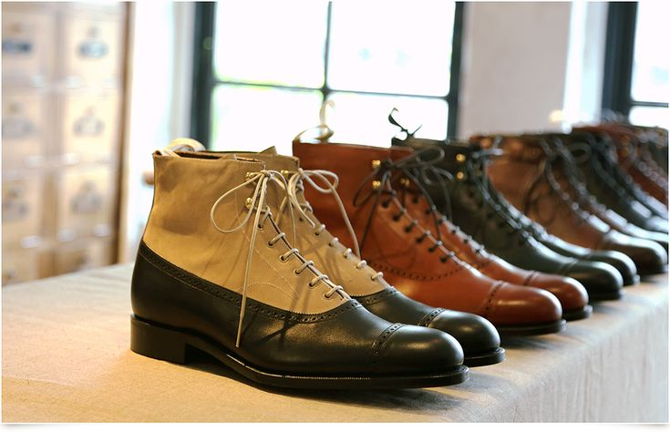 foot the coacher by GRENSON − The Form of New English Shoes −