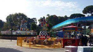 Ecco il nuovo Luneur, nella veste di grande family park Riapre il Luneur a Roma, il parco divertimento molto amato dai cittadini della Capitale. 30 attrazioni, animazione spettacoli e laboratori didattici, per bambini da 0 a 12 anni. La ruota panoramica h #luneur