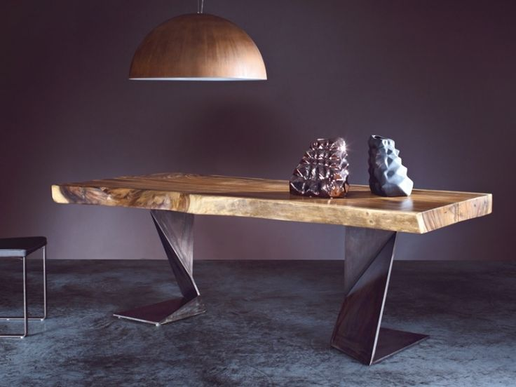 table bois massif avec pieds métalliques de design original TROG par ELITE