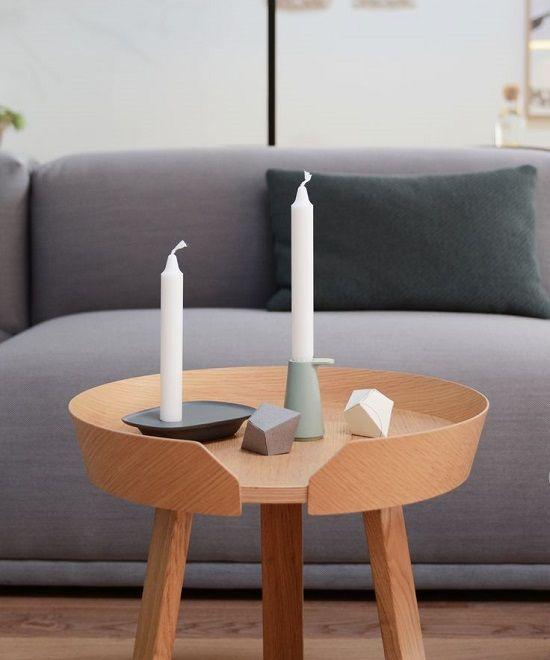 In dit blog zie je 7 mooie designkandelaars voor je woonkamer. Deze kandelaars zorgen ook zonder een brandende kaars voor een gezellige sfeer. Ideaal voor die lange winteravonden.
