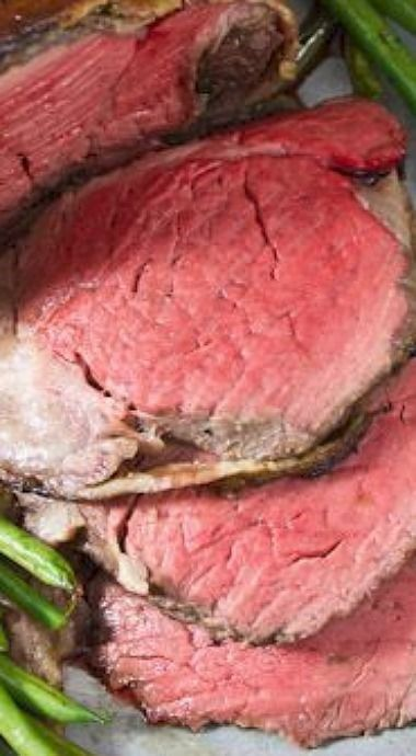 Balsamic glaze, Beef tenderloin and Beef tenderloin recipes on ...