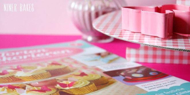 """Cake Decorating"" Magazine check + My go-to vanilla cupcake recipe! | niner bakes"
