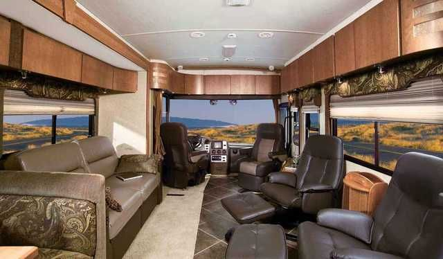 2008 Used Itasca Meridian 39Z Class A in Michigan MI.Recreational Vehicle, rv, BEAUTIFUL RIG INSIDE/OUT AND GENTLY USED. WE WILL DELIVER THIS UNIT RIGHT TO YOUR DOOR - FREE IN THE CONTINENTAL U.S. W/FULL-PRICE OFFER. The redesigned 2008 Itasca Meridian 39Z makes it mark on the diesel pusher landscape with an all-new look. It's built on the proven Freightliner XC Chassis that boasts a 29,410 lb. GVWR and a 350 hp Cummins diesel engine that will get you wherever you need with ease. Also has…