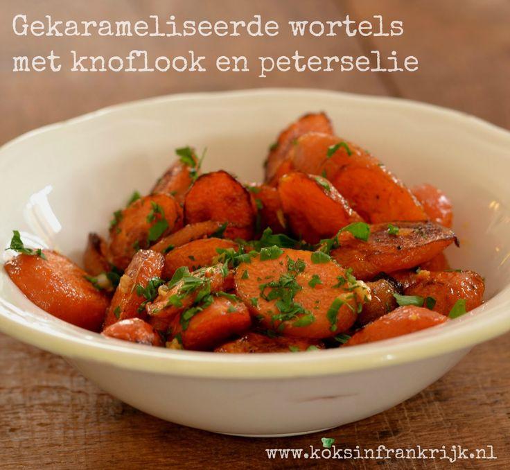 Gekarameliseerde wortels met knoflook en peterselie