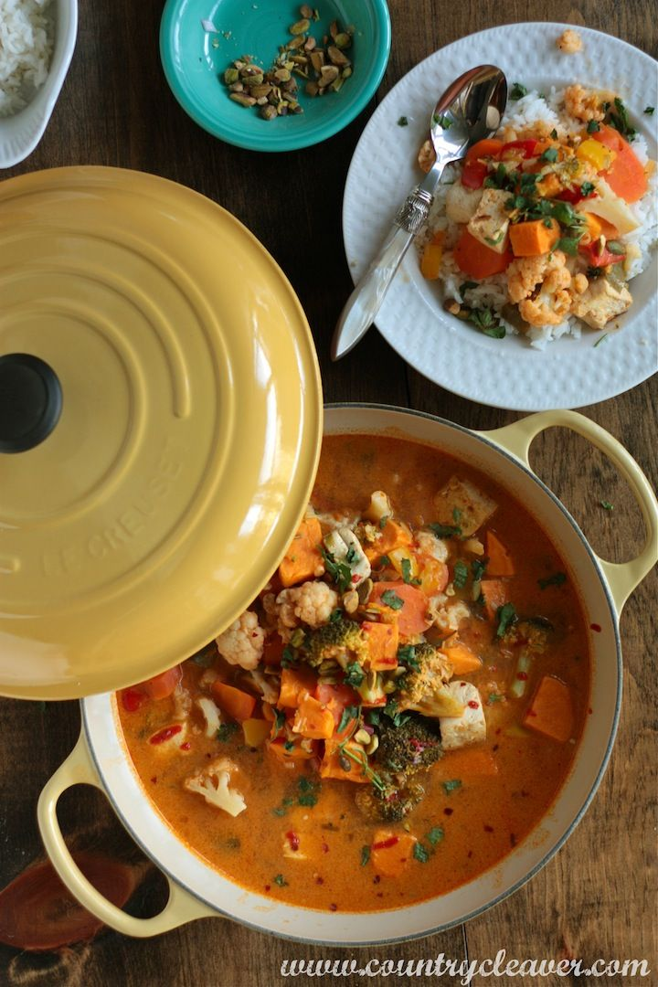 Spicy Vegetable Coconut Curry - www.countrycleaver.com Substitute with vegetable stock and it's wonderfully  VEGAN!