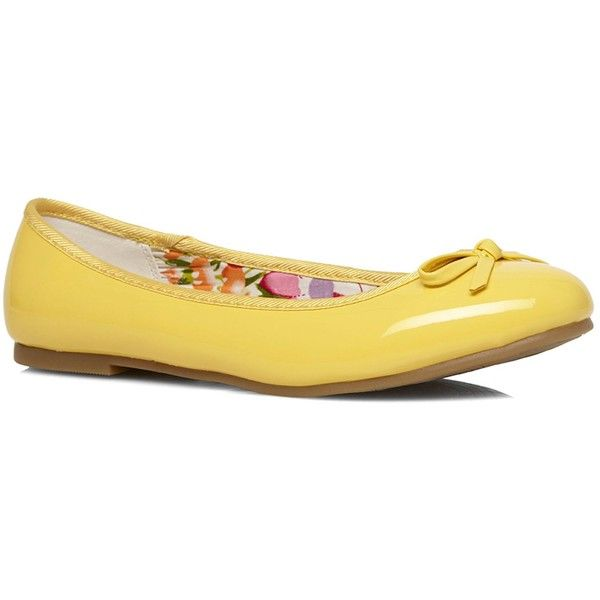 Evans Extra Wide Fit Yellow Patent Ballerina Pumps (25 CAD) ❤ liked on Polyvore featuring shoes, pumps, flats, clearance, yellow, wide ballet flats, wide width ballet flats, ballet flats, yellow pumps and ballet pumps