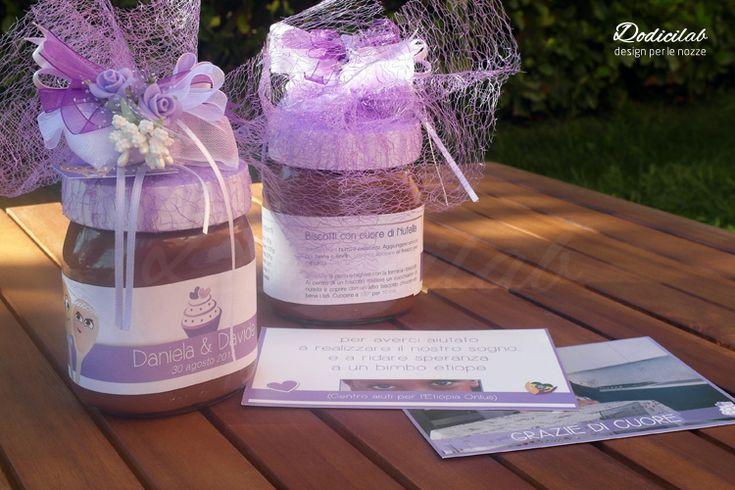 Dettaglio bomboniera nutella e ringraziamenti per wedding stationery personalizzata tema dolci lilla