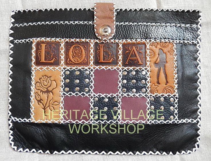 Кожаный футляр  для планшета   специально заказанный для девушки Лолы .  Наша мастерская  выполняет  самые необычные заказы  разрабатывая и изготавливая  необычные и интересные кожаные изделия ручной работы . #lola , #кожа , #подарки , #leathercraft , #handmade , #кожаные_изделия , #кожаный_футляр , #ручная_работа
