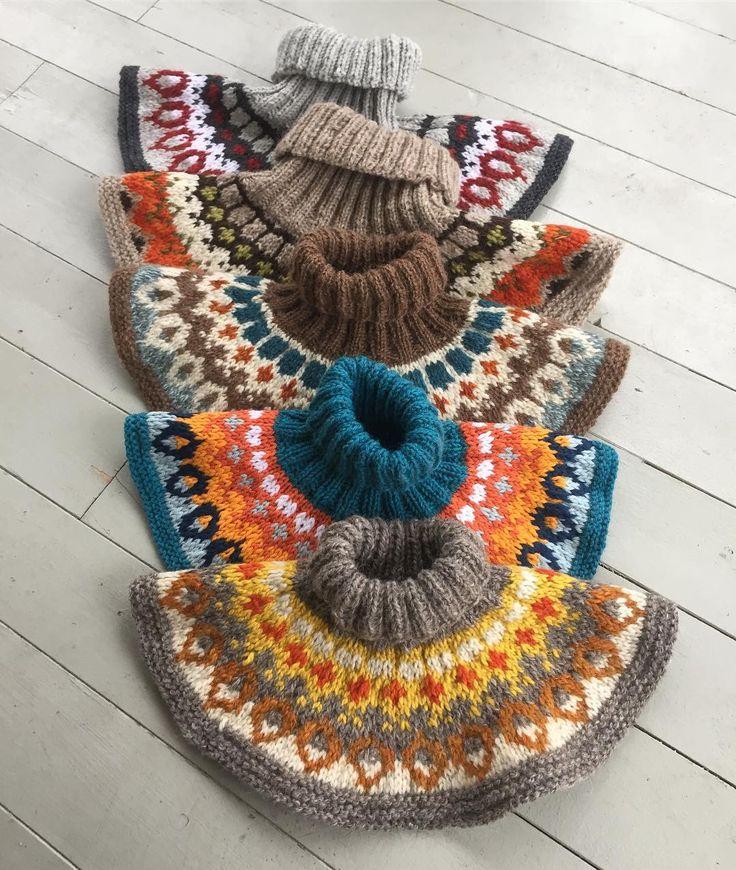 Vilket härligt mottagande mönstersläppet av kragen #galder fick, tackar ödmjukast! Nu stickar vi den i en Knit-Along på Facebook, sök på Galder-KAL om du vill vara med!  / Thank you for your positive response about my pattern release!  #sticka #knit #strik #strikk #jordnäragarn #hönerocheir #knittingfriend #knittingfriendgalder #icelandicyoke #knittersofinstagram #knitting_inspiration