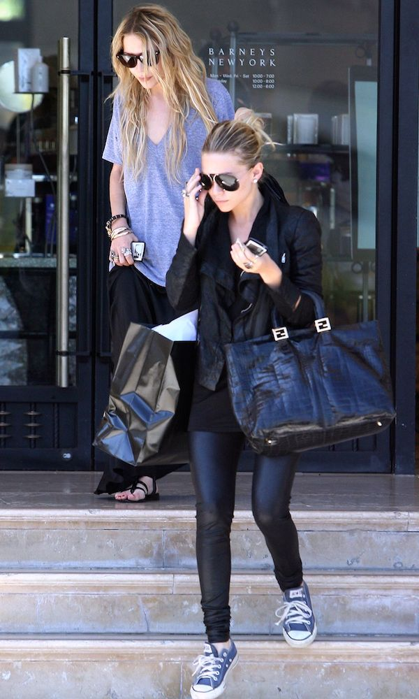 Mary-Kate And Ashley Olsen Go Shopping In Casual Cool Looks