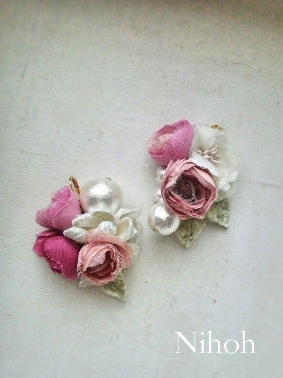 布花のピアス