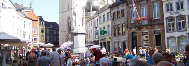 Elke derde zondag van de maand is het rommel- & antiekmarkt op en rond de Grote Markt van Halle.