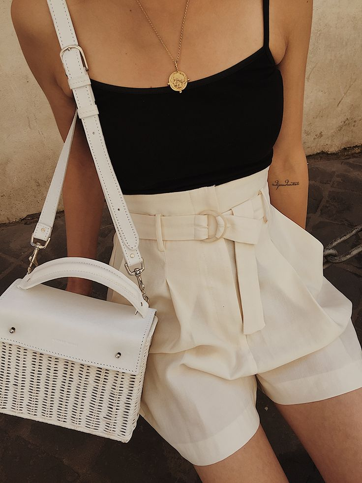 Fashion blogger, photography, trendy outfit, casual style, spring fashion, date …