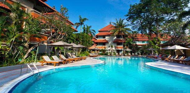 White Rose Bali Hotel & Villa Legian