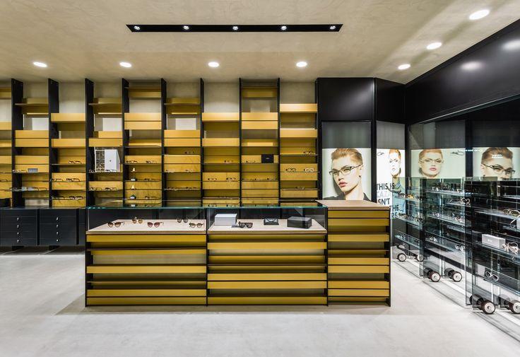 XYZ Arquitectos Associados - Óptica Médica Rogério - Matosinhos - Portugal - interior design - optical store