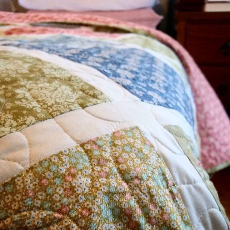 { s l e e p   p r e t t y }  summer holidays are a matter of weeks away  if you're going to spend the day in bed  you might as well do it in style  : : : #handmade #quilt #patchwork #customorder #custommade #tildafabric #floral #vintagestyle #etsyseller #shophandmade #bedding #homebeautiful #sweetdreams #kingsize  #sleeppretty #custombedding #quiltsofinstagram #shopsmall #madeinmelbourne #bedroominspo #blueandgreen #etsyau #mygeorgieboy