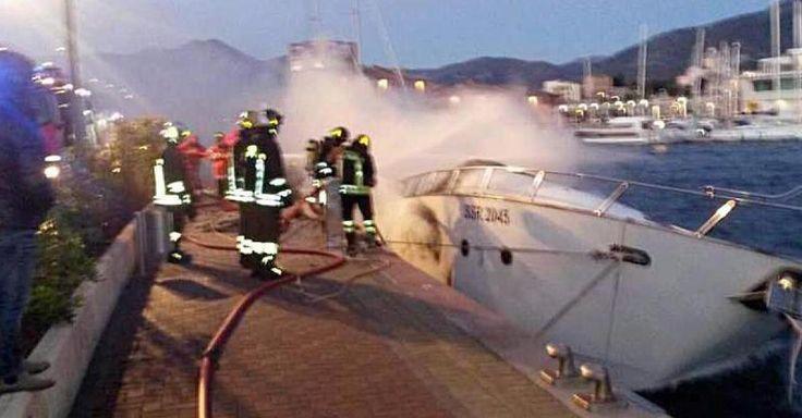 #Brände: Drei Deutsche sterben auf brennender Jacht in Riviera-Hafen - FOCUS Online: FOCUS Online Brände: Drei Deutsche sterben auf…