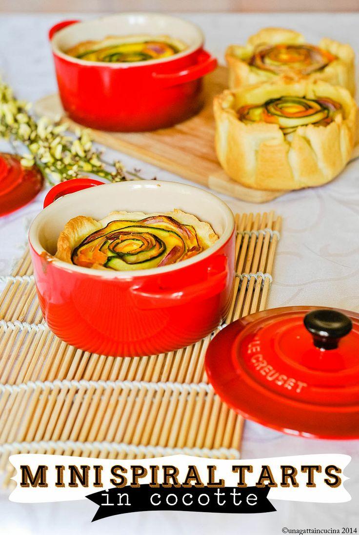 Mini cocotte in gres smaltato colore rosso. @Le Creuset Italia #food #cocotte #rosso #gres #tarts