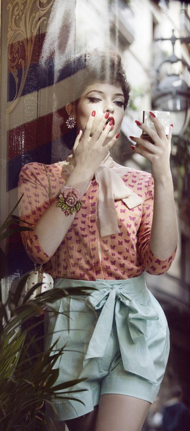 2e79e52a0c Les 15 meilleures images du tableau Retro Fashion sur Pinterest ...