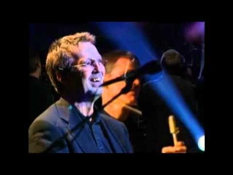 Eric Clapton - Old Love (amazing live version) Killer line up, David Sanborn, Nathan East etc.