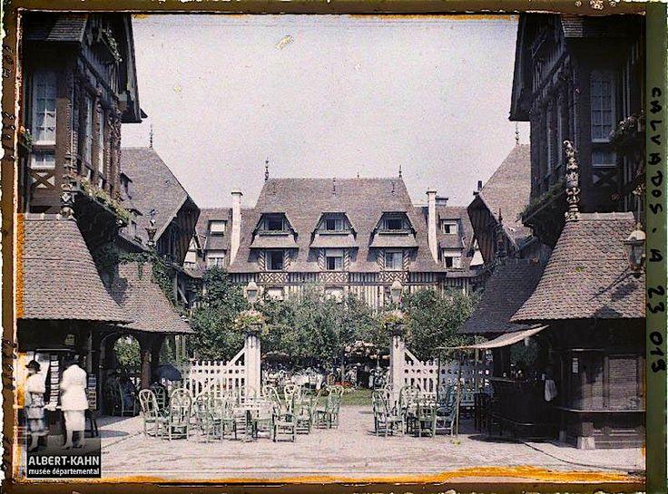 The courtyard of LeNormandy Hotel, Deauville, France, August 8, 1920, an autochromebyGeorges Chevalier, via Archives of the Planet Collection – Albert Kahn Museum /Département des Hauts-de…