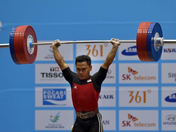 Pada ajang Olimpiade 2016, Indonesia dipastikan akan mengirimkan tujuh atlet pada ajang angkat besi. Mereka mampu mengamankan tiket pasca tampil di kejuaraan dunia di Houston, Amerika Serikat, 20-28 November kemarin. Prestasi terbaik diharapkan muncul dari cabang olahraga ini.