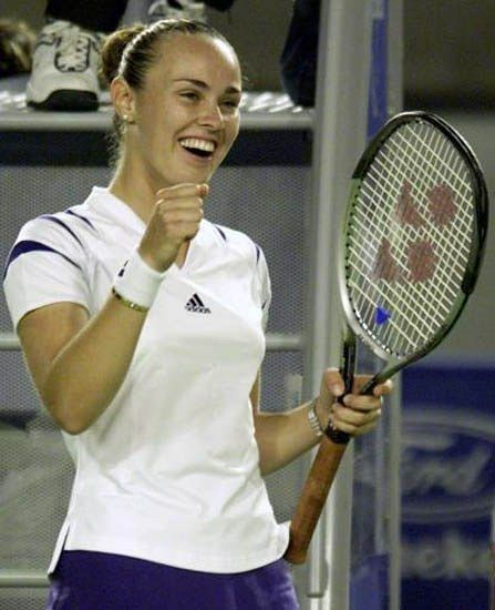 The moment when you see her play for the first time and you know she will be your idol... Forever... #queen #inlovewithtennis  Photo/Foto: Unknown/Desconocido  #martinahingis #martina #hingis #swissmiss #legend #tennisroyalty #grandslamwinner #granslamchampion #halloffamer #olympics2016 #tennis #tenis #wta #atp #tonic #yonex #sidneyopen #2000 #smile #playbeautiful #switzerland #swiss #hoppsuisse #swissmagic #yonex #adidas #tonic #tennislove @martinahingis80 @mhingis