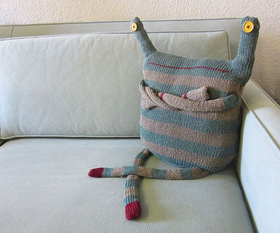 Cute little fella, this would be fun to make using one of my sons' shirts or sweaters when they were young to remind me of the little monsters they use to be.