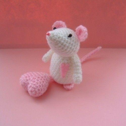 Valentine's+crochet   valentine mouse crochet