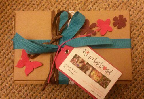 Gift wrap ideas.. beautiful, affordable and simple. # upcycle. By Amanda Adebisi of Fit to be loved (needle felt handmade with love)