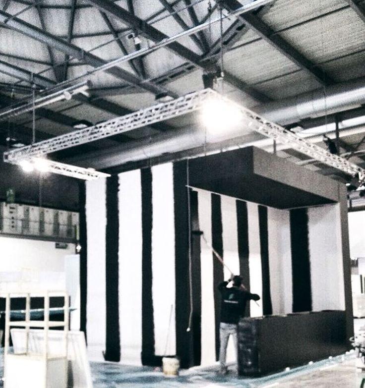 • Working for #MadeExpo2017 • #Fidanzia #FidanziaSistemi  #exhibition #detail #architecture #wood #space #eventi #advertising #design #workinprogress #cool #temporary #work #workspace  #madeinitaly #handmade #product #allestimento #art #woodwork #italianstyle #building #blackandwhite