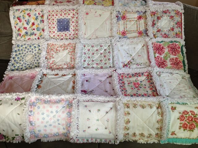 ZeedleBeez: How to make a Handkerchief Rag Quilt she uses Three layers of white flannel