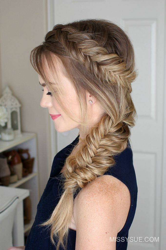 Summer is coming up and I am excited to be sharing one of my favorite styles to wear this season. My favorite thing about this look is that it's heatless and a fun, unique way to get the hair up and out of the way.…