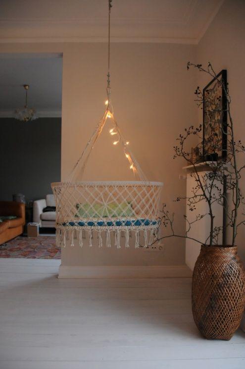 die besten 20 babywiege ideen auf pinterest korbwiege. Black Bedroom Furniture Sets. Home Design Ideas