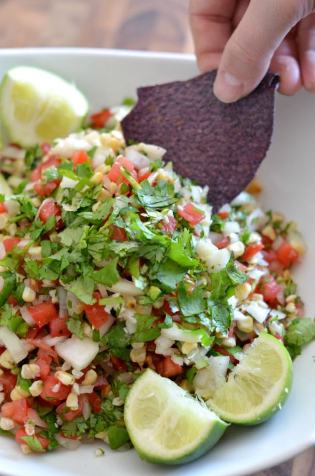 Grilled Corn Salsa Recipe from JessicaNWood. This healthy recipe is a great appetizer or topping for chicken with dinner. Clickthrough for the recipe and a few salsa-making tips!