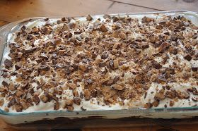 Elizabeth Ann's Recipe Box: Heath Bar Cake and a giveaway!