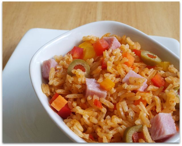 Desserts and Good Food: Rice with cooking ham (Arroz con jamon)