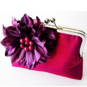 Handbags, www.LadiesStylish.com ... Good one. #Fashion