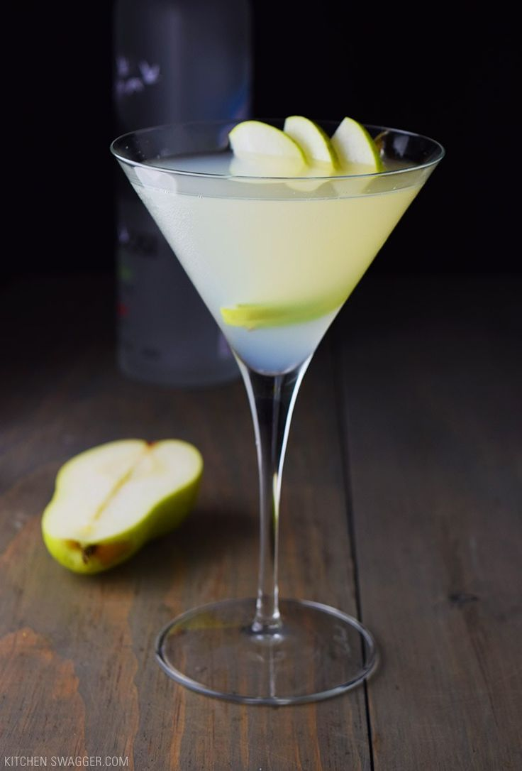 Pear and Elderflower Martini Recipe