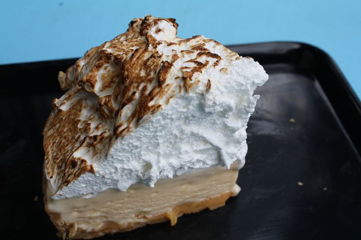 Pie anyone? Messina's Lemon Meringue Pie is one of three on offer - exclusive to #sydneyfestival and #doubledowndiner till Jan 25th... get in quick before they disappear!