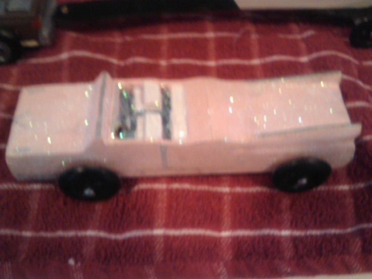 Pink Caddy For The 2013 Pinewood Derby Held At Manteo