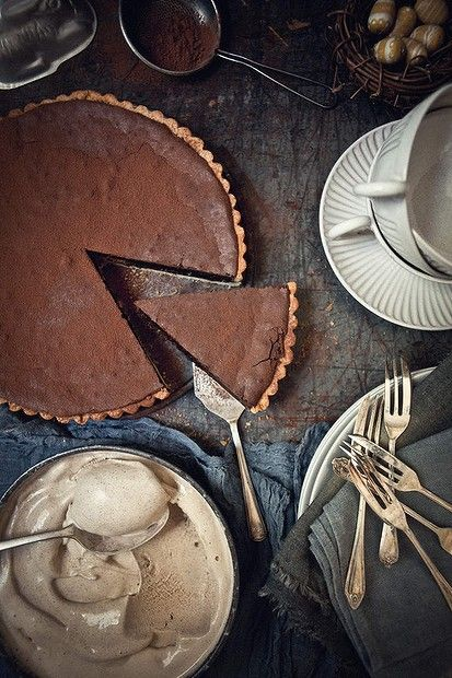 Kate Gibbs' chocolate tart. Photo: Katie Quinn Davies