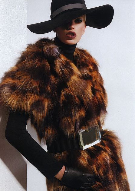 Chic look - but wouldn't be the same w/o the hat and gloves....