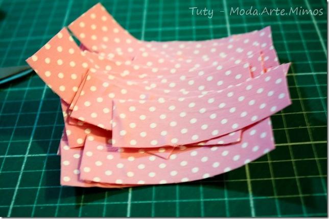 Do It Yourself - DIY - Bandeirinhas em tecido para decoraçào de festas - fitas  adesivas - Tuty - Arte & Mimos www.tuty.com.br