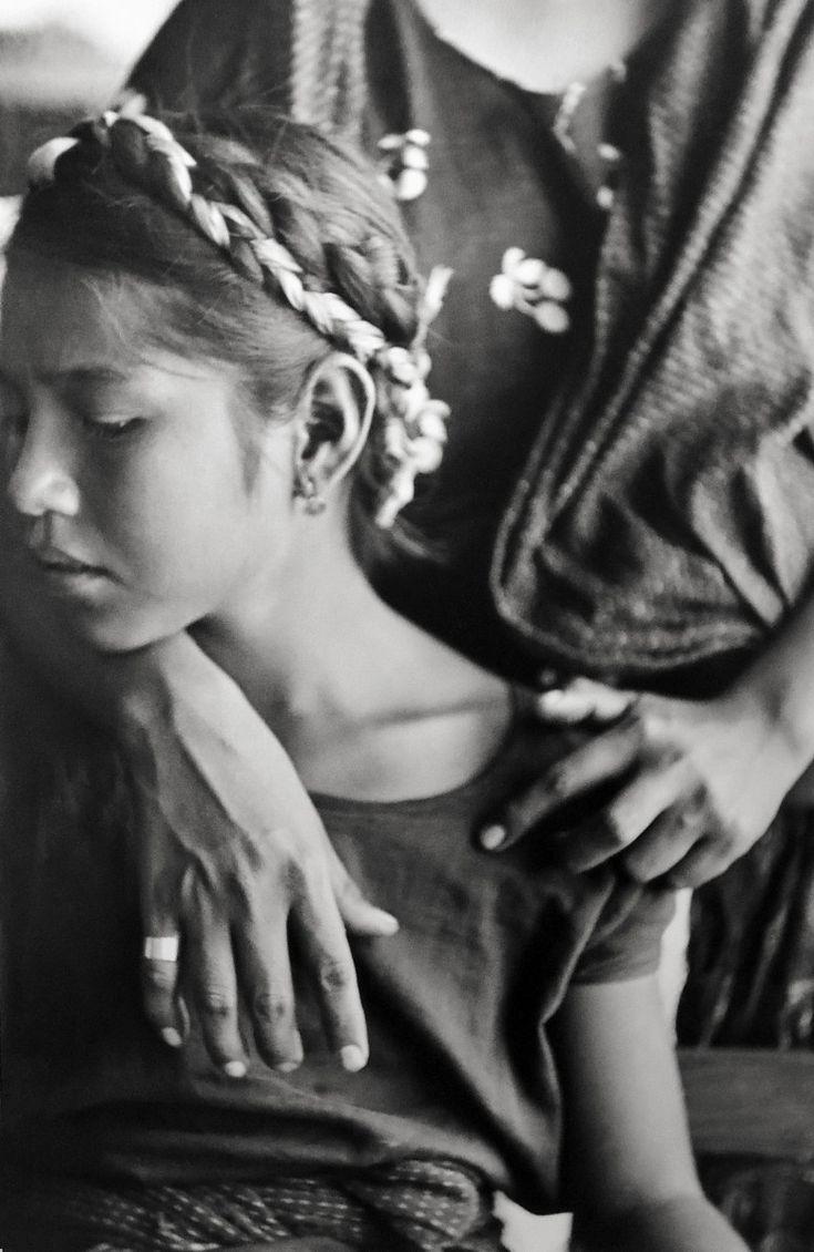 Henri-Cartier Bresson #motherhood