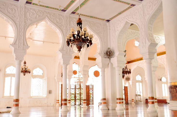 Baiturrahman Grand Mosque (Mesjid Raya Baiturrahman) in Banda Aceh, Indonesia
